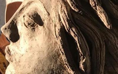 """La obra en cerámica de """"Casa KUK"""" llegarán próximamente al Centro Cultural de Colina"""
